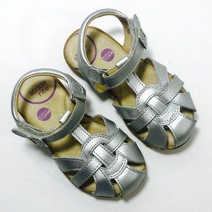 Stride Rite Little Girls US 7.5 Fisherman Sandals